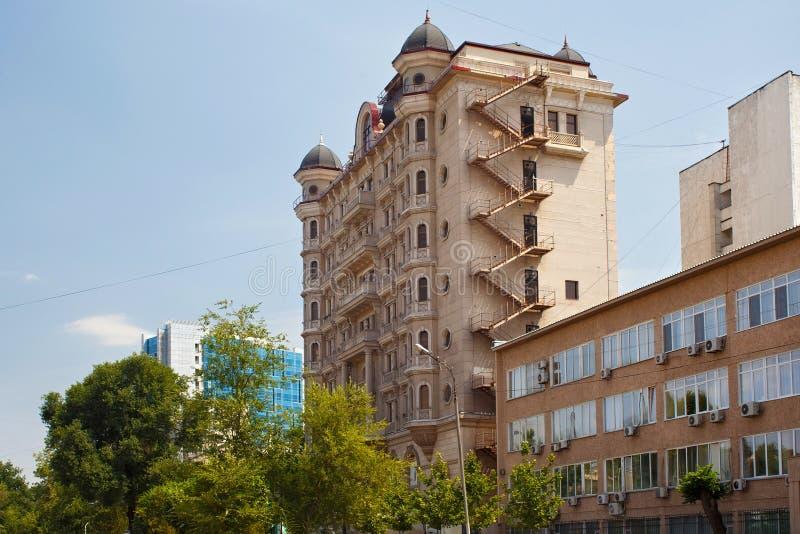 Старое историческое multistorey здание в Алма-Ата стоковая фотография rf