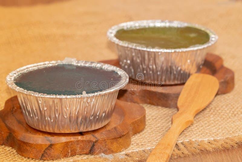 Студень молока кокоса, тайский десерт на плите стоковые фото