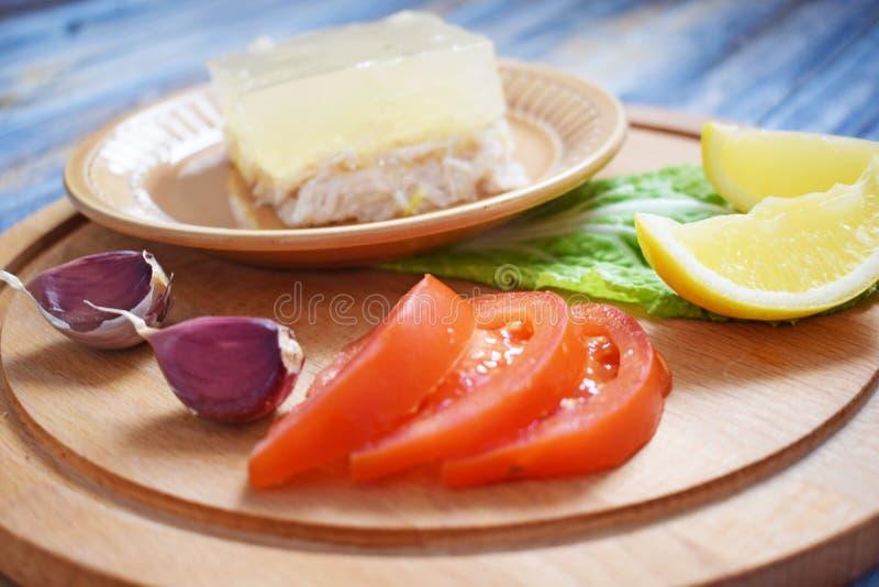 Студень цыпленка и овощей стоковые изображения rf
