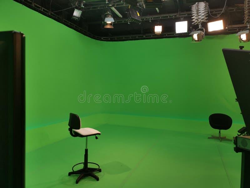 Студия ТВ - 2 стуль стоковые изображения