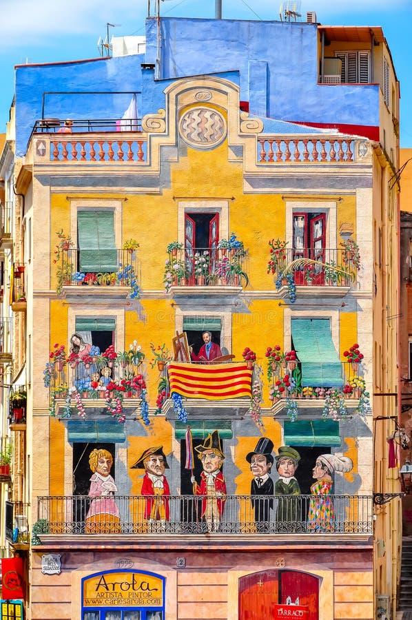Украшенный дом в городке Таррагоны старом, Испании стоковое фото rf