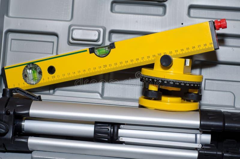 Установленный уровень лазера стоковые фото