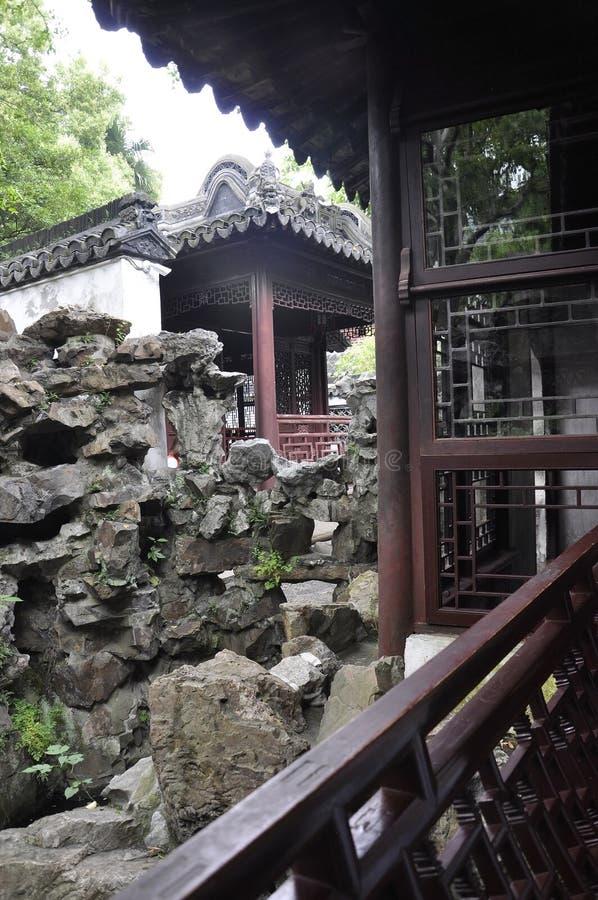 Шанхай, 2-ое может: Ландшафт Rockery от известного сада Yu в центре города Шанхая стоковое фото