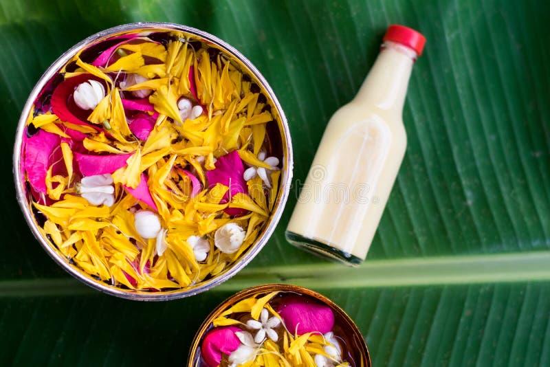 Тайское традиционное для фестиваля Songkran стоковое изображение rf