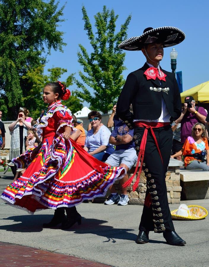 Танцоры Boise Айдахо Flemenco человека и женщины стоковое фото