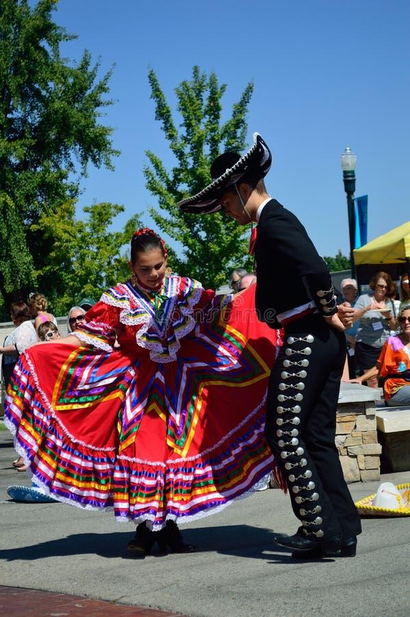 Танцоры Boise Айдахо Flemenco человека и женщины стоковые изображения rf