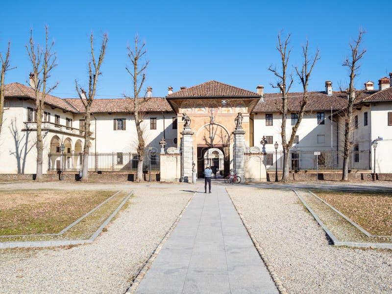Туристский близко вход к di Павии Certosa стоковые фото