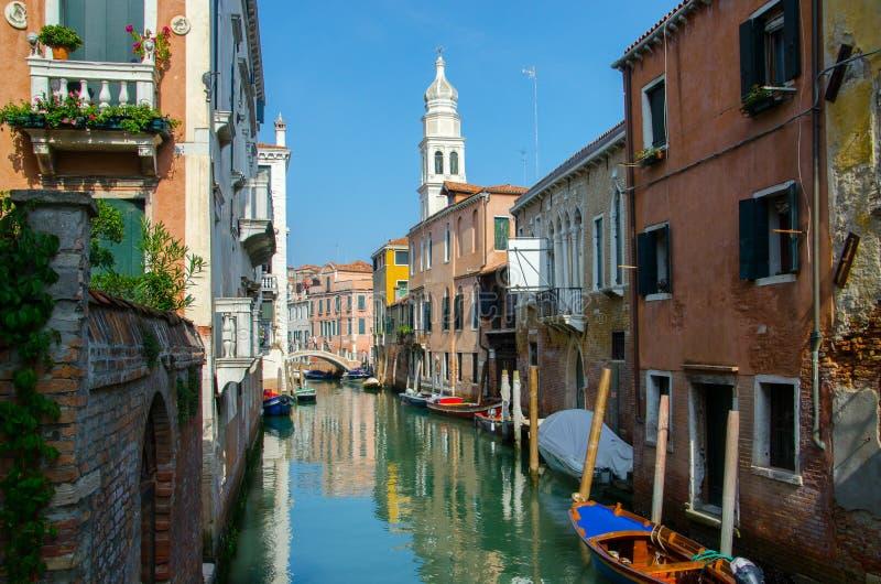 Традиционный прекрасный вид канала Венеции стоковые фотографии rf
