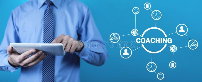 Тренировать дела Личная концепция развития Концепция технологии, интернета стоковые фото