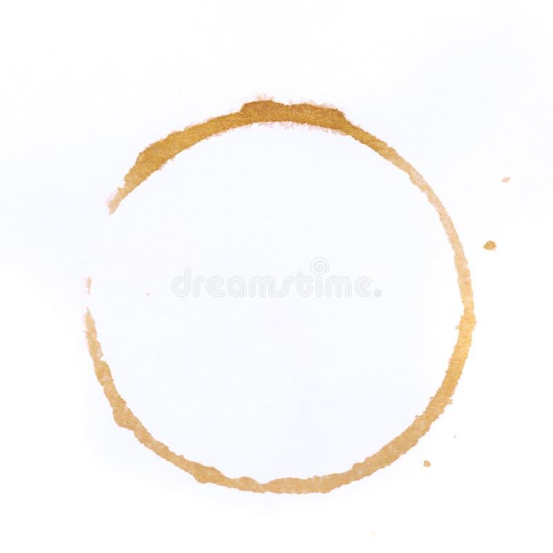 Тройник или кольца кофейной чашки изолированные на белой предпосылке бесплатная иллюстрация