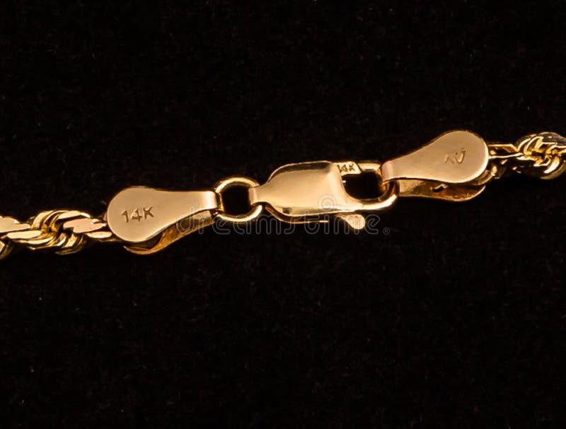 фермуар золота 14k цепной стоковые изображения rf