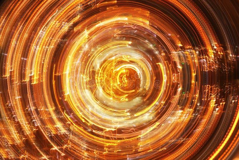 Футуристическая ретро предпосылка стиля 80 ` s ретро Поверхность цифров или кибер неоновые света и геометрическая картина стоковая фотография rf