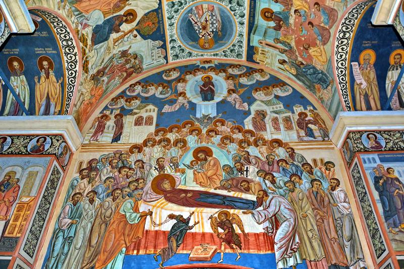 Фреска настенной росписи в Румынии стоковая фотография