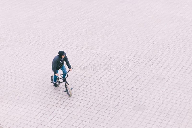 Велосипедист вид сверху картинка