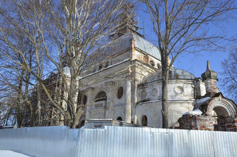 Церковь значка Казани матери бога в деревне Yaropolets около региона Волоколамск Москвы стоковые фото