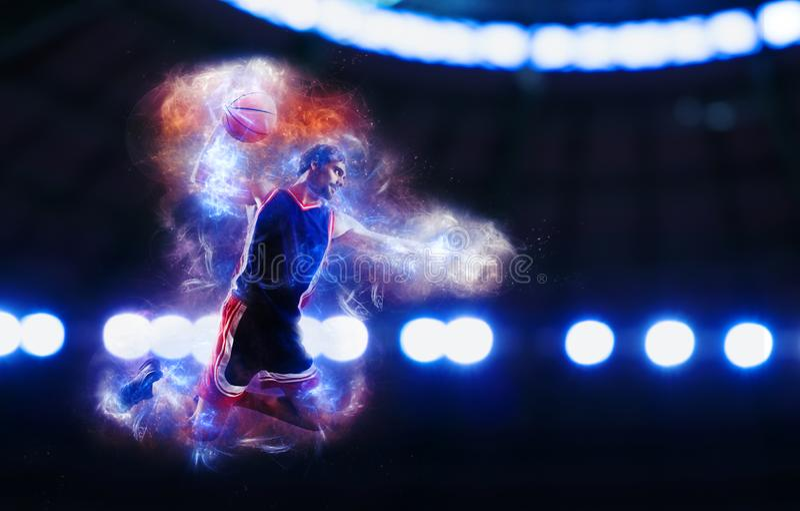 Циркаческий верный успех игрока корзины в корзине на стадионе стоковые фото