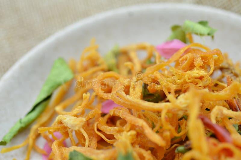 Цыпленок и chili shredded экстренныйым выпуском высушенные, деталь стоковая фотография rf