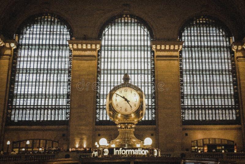 Часы в большом центральном вокзале, NYC стоковая фотография