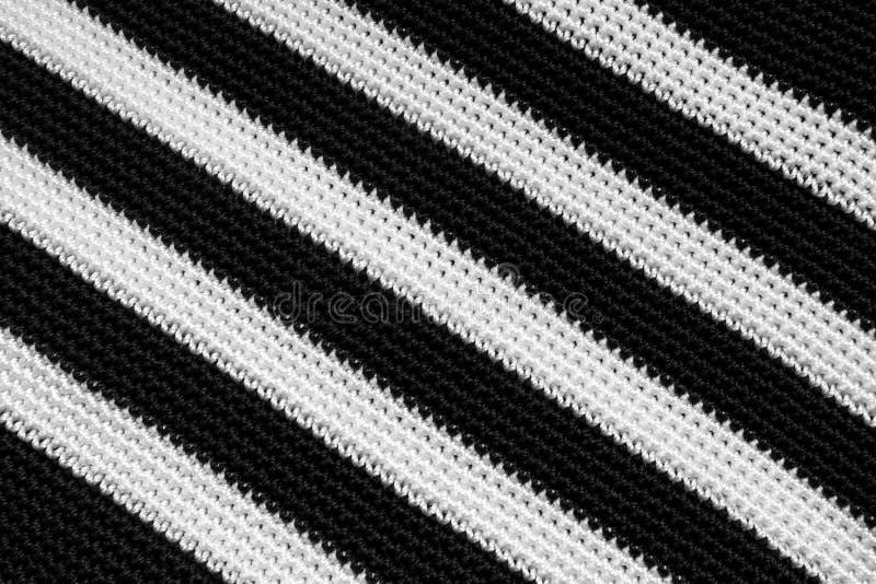 Черно-белая переплетая текстура диапазонов ткани холста стоковая фотография