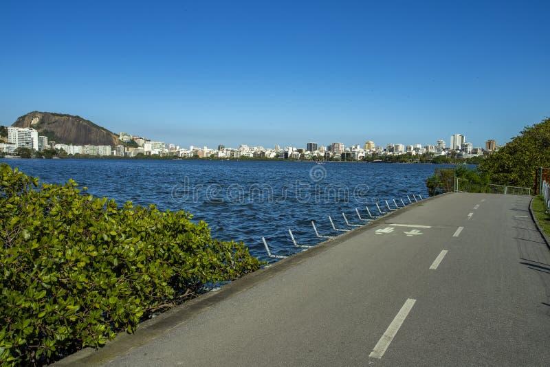 Чудесный город Чудесные места в мире Лагуна и район Ipanema в Рио-де-Жанейро, Бразилии стоковая фотография rf