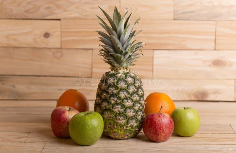 разнообразие плодоовощей стоковая фотография