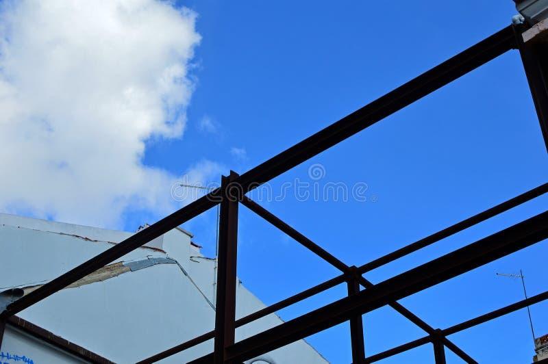 Рамка силуэта каркасная нового дома стоковые фотографии rf