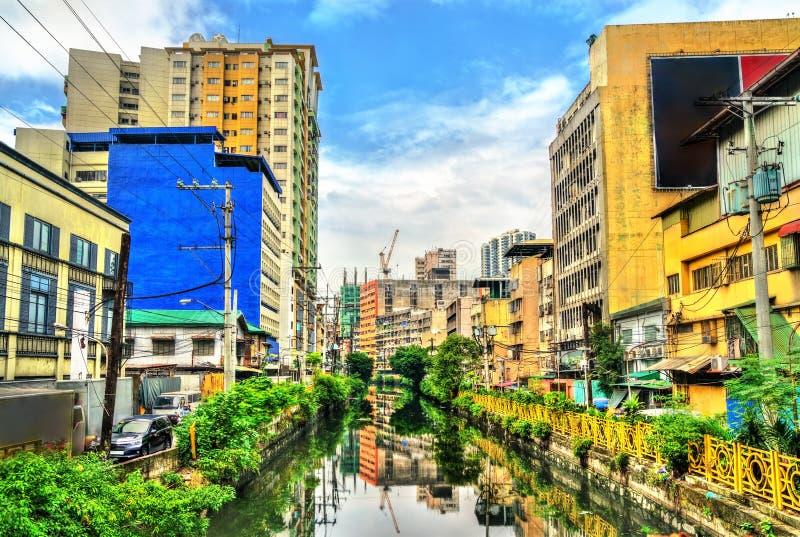 Река Estero de Binondo в Маниле, Филиппинах стоковые изображения rf