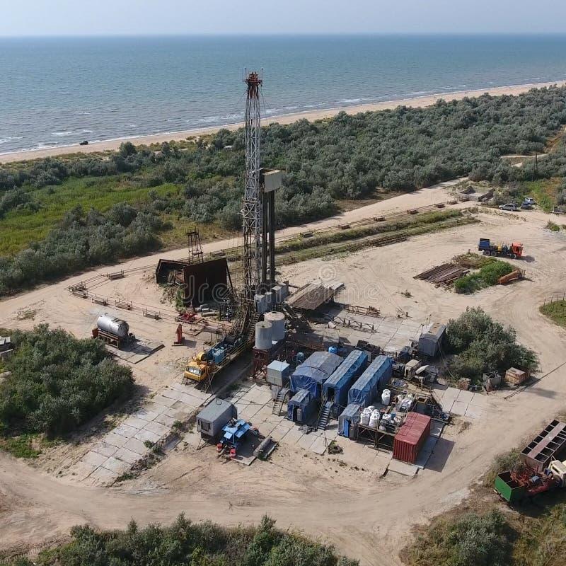 Ремонт приведения в исполнение нефтяной скважины стоковое изображение