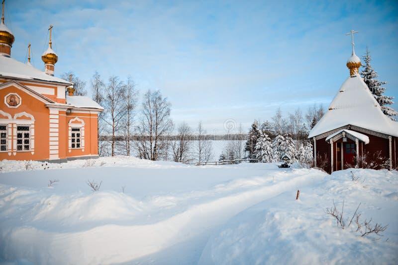 Русская зима в монастыре стоковая фотография rf