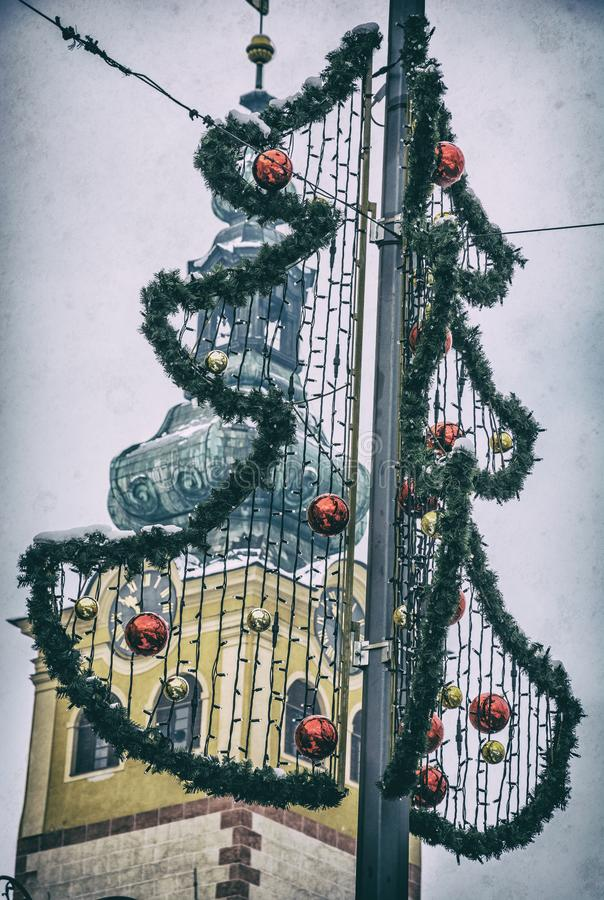 Рождественская елка в Banska Bystrica, сетноом-аналогов фильтре стоковые фотографии rf