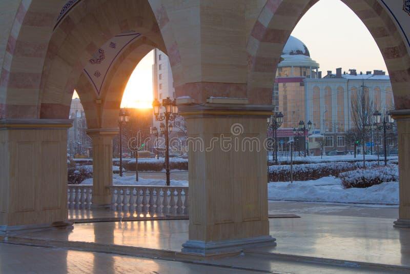 РОССИЯ, Чечня, Grozniy - 5-ое января 2016 - главная мечеть Чеченской Республики - сердце Чечня стоковые фото