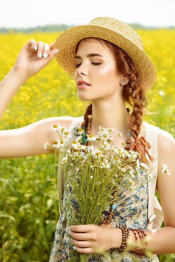 Żółty łąkowy piękno obraz stock