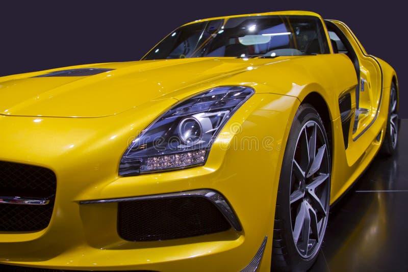Żółty sporta samochodu zakończenie Up fotografia stock