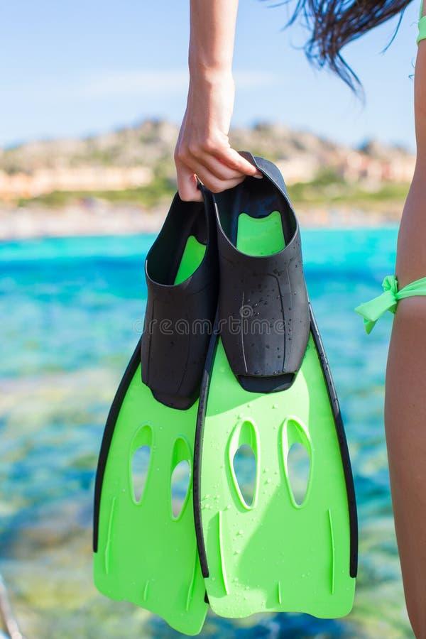 Óculos de proteção do mergulho, tubo de respiração e aletas mergulhar em fotos de stock