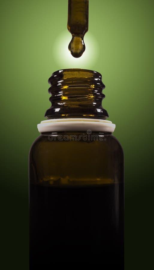 Óleo do cannabis imagens de stock