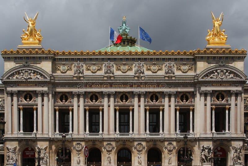 A ópera Garnier em Paris imagens de stock royalty free