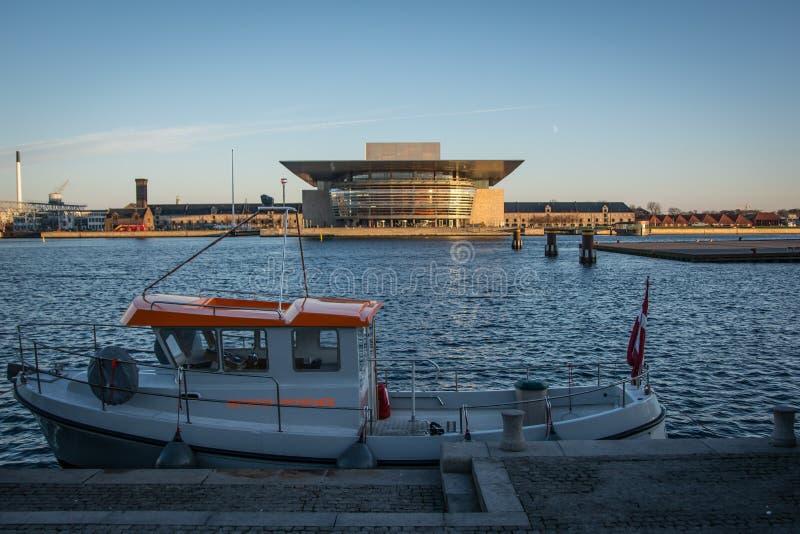 Ópera House Porto de Copenhaga dinamarca imagens de stock royalty free