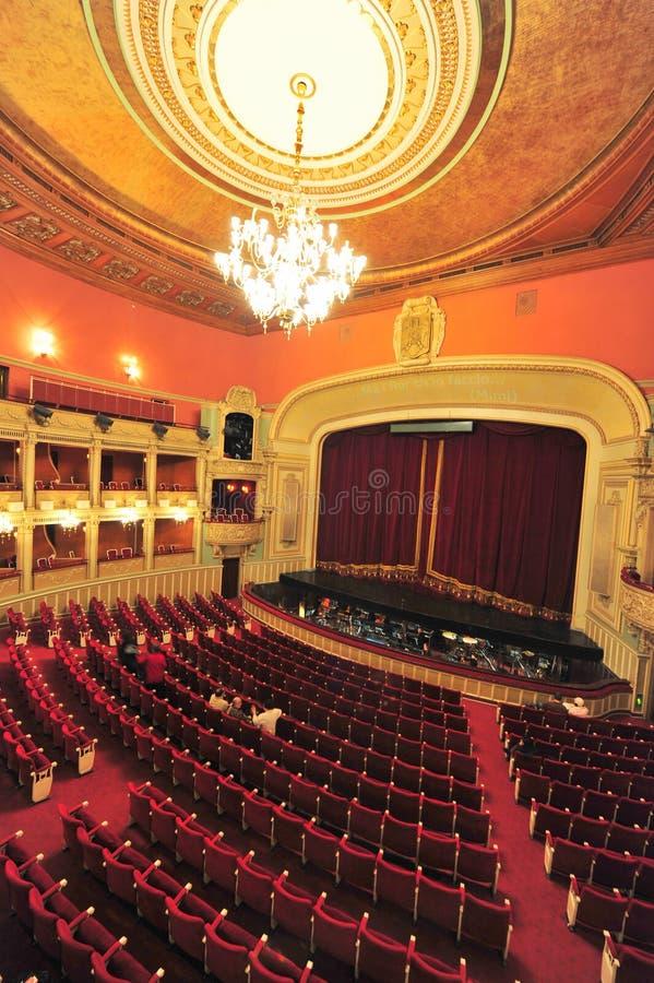 Ópera nacional de Bucareste (interior do salão) foto de stock