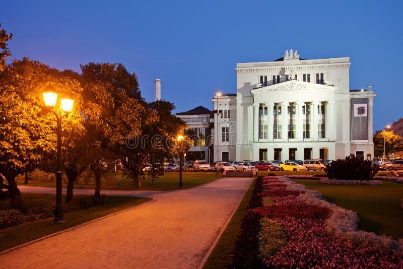 Ópera nacional letona en Riga foto de archivo