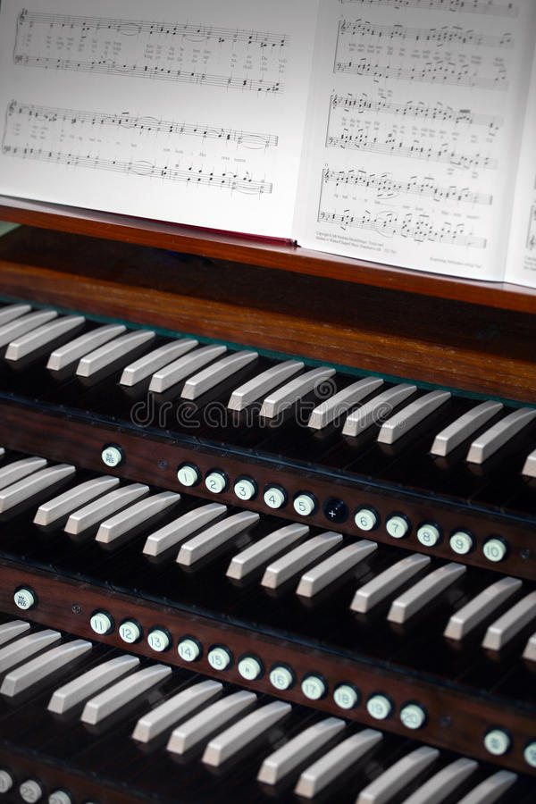 Órgão da igreja imagem de stock