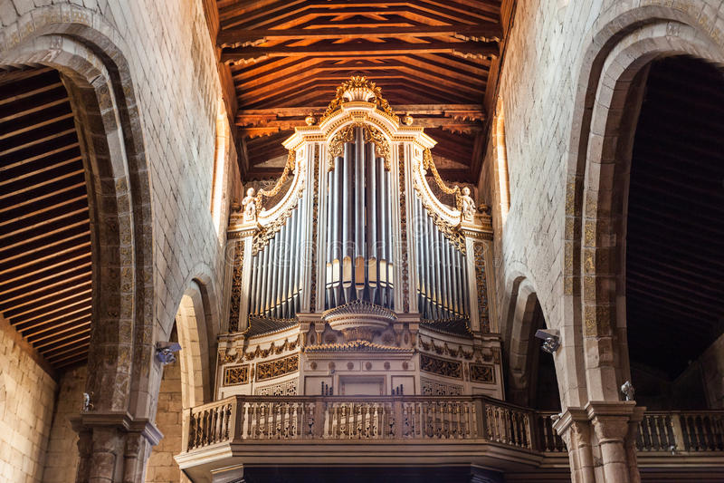 Órgão na igreja fotografia de stock