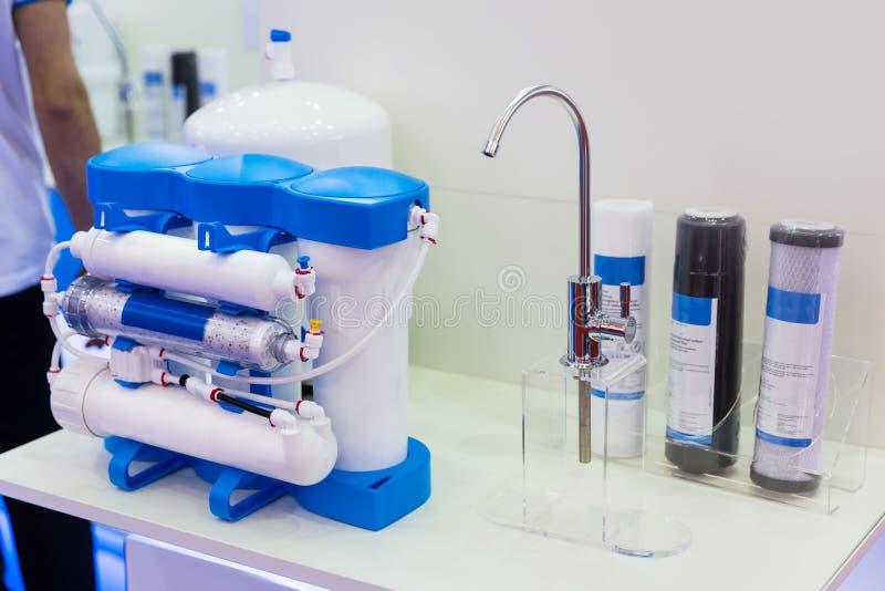 Ósmosis reversa, filtro de la limpieza del agua fotos de archivo