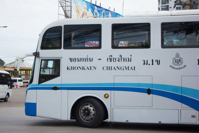 Ônibus da empresa da excursão de Phuluang rota Khonkaen e Chiangmai imagens de stock