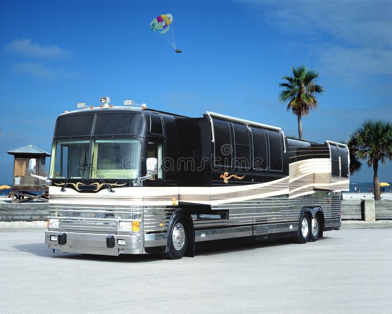 Ônibus da praia fotografia de stock