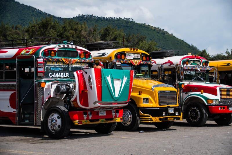 Ônibus de Antígua imagens de stock royalty free