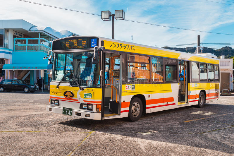 Ônibus do laço de Kumano em Wakayama, Japão imagem de stock royalty free