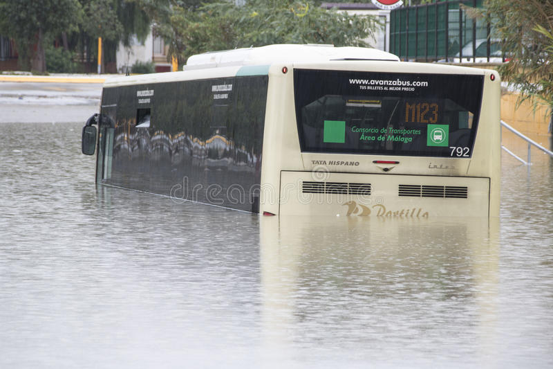 Ônibus inundado em Malaga imagens de stock royalty free