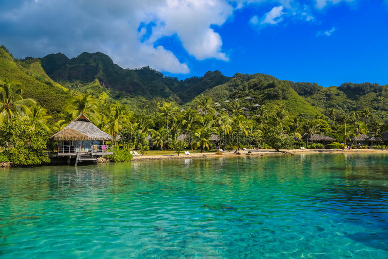 Ö av Moorea i det franska Polynesienet arkivbilder