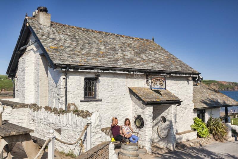 Ö Devon UK för sardingästgivargårdBurgh royaltyfria foton