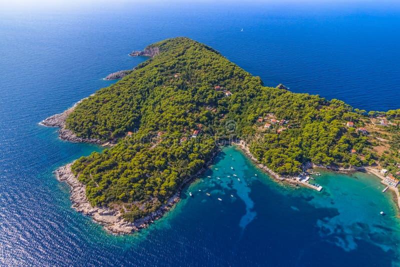 Ö Kolocep på Elaphites nära Dubrovnik fotografering för bildbyråer